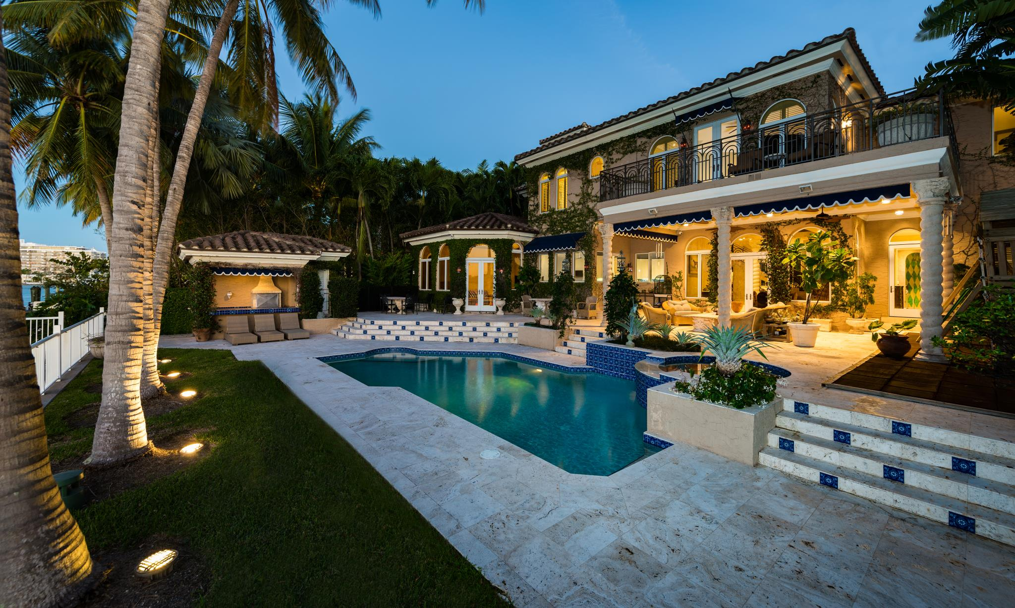 Luxury homes for sale luxury real estate luxury portfolio for Luxury mansions for sale in florida