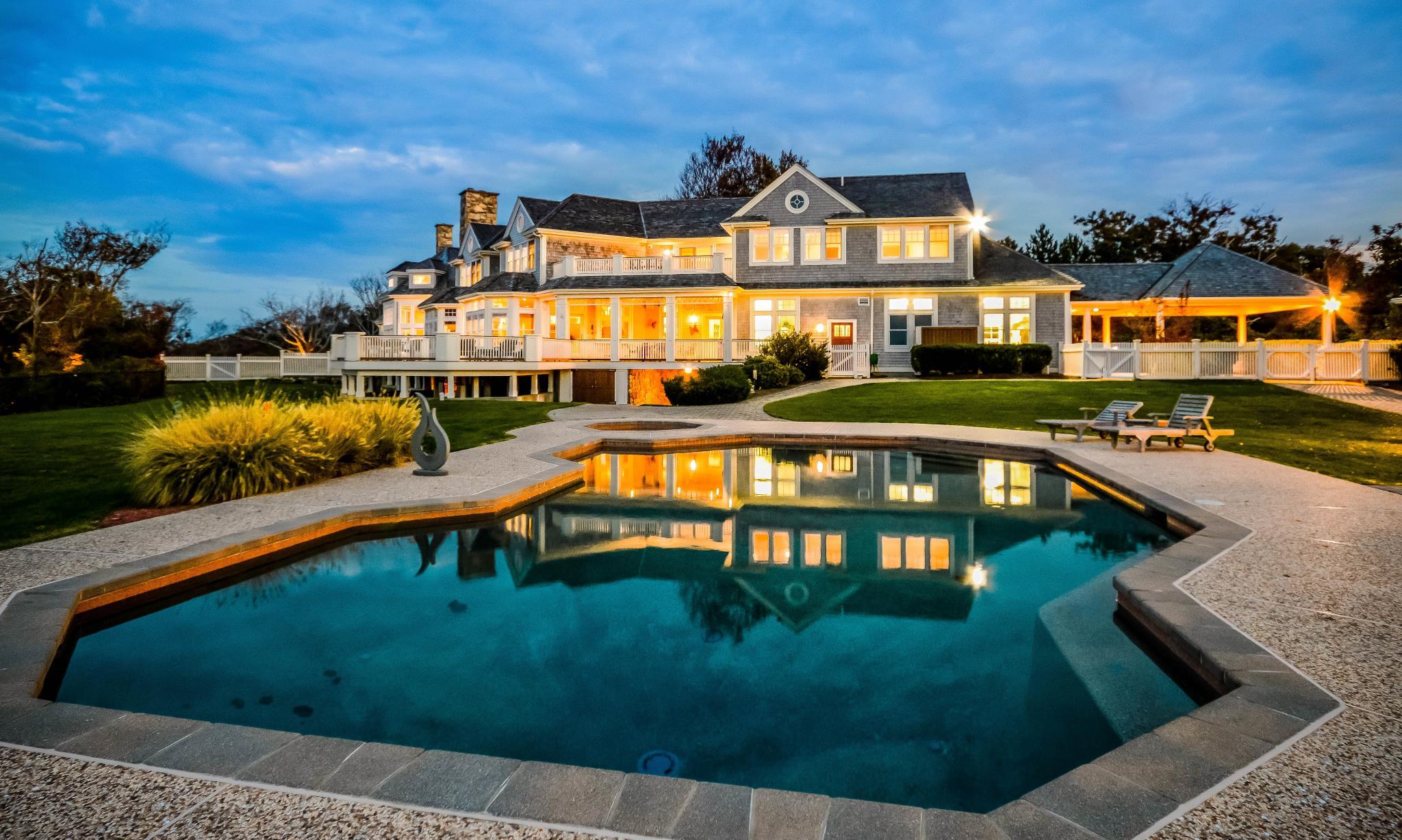 Luxury homes for sale luxury real estate luxury portfolio for Luxury house builders
